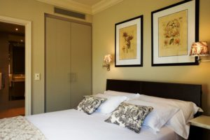 Cape Royale Hotel in Green Point - One bedroom suite
