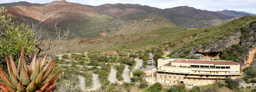 Cango Caves in Oudtshoorn on the cape-town-garden-route-tour